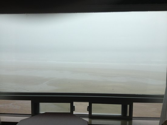 Shilo Inn Suites Hotel - Newport: View but no airflow