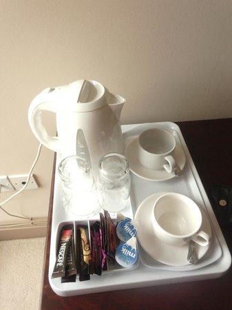 The Spanish Arch Hotel : tea
