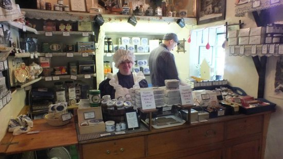 The Grasmere Gingerbread Shop (Sarah Nelson's) : Sarah Nelson's Gingerbread Shop