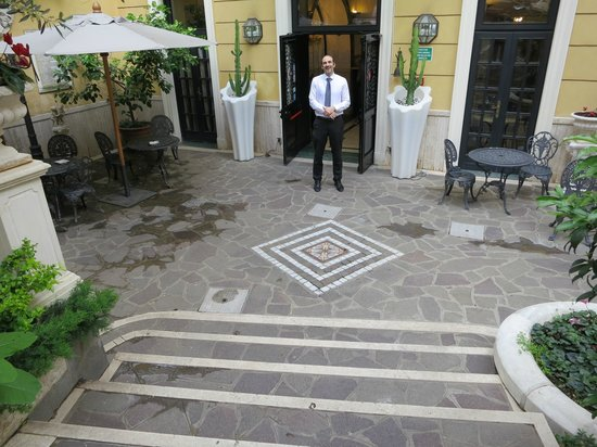 Villa San Lorenzo Maria Hotel: Antonio: The Excellent Manager Extraordinaire
