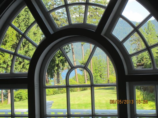 Clark House on Hayden Lake: View from the hallway.