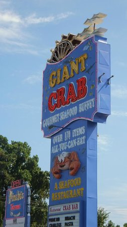 Giant Crab Seafood Restaurant : Giant Crab Sign