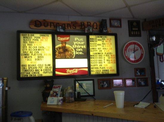 Duncan's Bar-B-Que: Menu Board