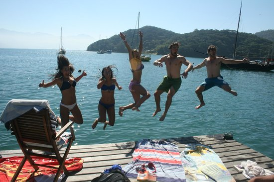 Sagu Mini Resort: leaping off the hotel private jetty
