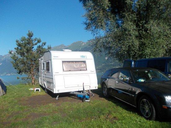 Camping Aaregg: piazzola vista lago