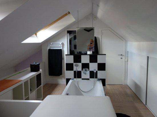 Maison AZ: Badezimmer
