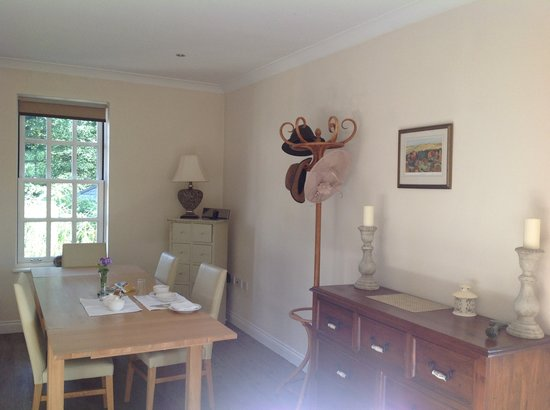 Ty Llew Bed and Breakfast: Breakfast Room