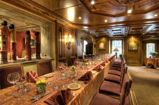 Restaurant Gastronomique : Salle de Restaurant