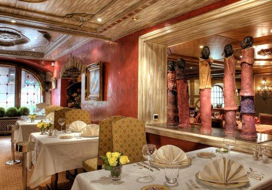 Restaurant Gastronomique : Salle de Restuarant