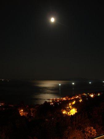 Hotel Villa Kapetanovic: Uitzicht vanaf het balkon .3