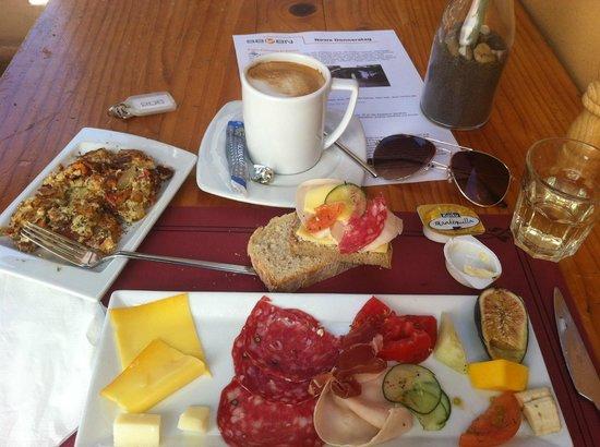 SEVEN Hostal & SPA: Frühstück