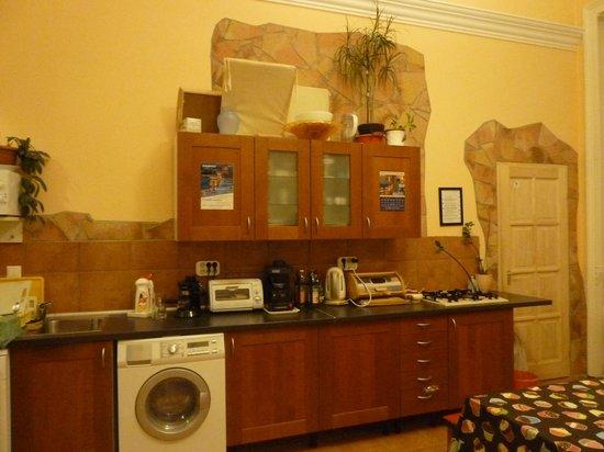 Budapest Centrum Hostel : la cucina