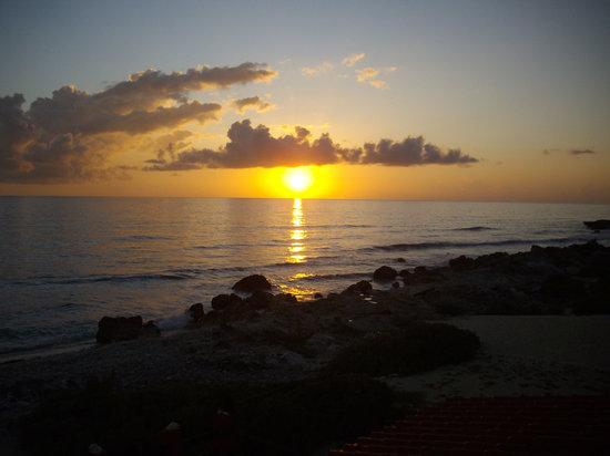 Punta Piedra: Sunrise from your balcony