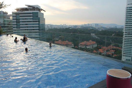Rooftop pool at sunset picture of aloft kuala lumpur - Rooftop swimming pool kuala lumpur ...