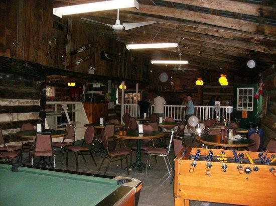 Elim Lodge : Inside the Snackery