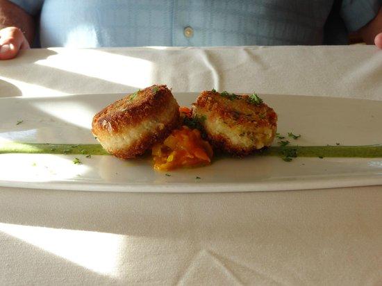 Merriman's Poipu: Crab Cakes