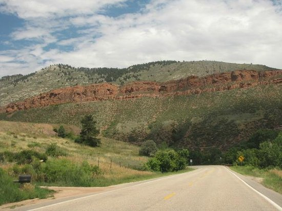 Horsetooth Mountain Open Space : Leaving Horse Tooth lake