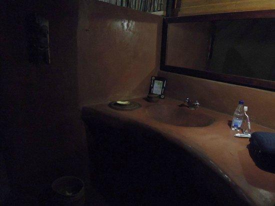 Olduvai Camp: Bathroom in the tent