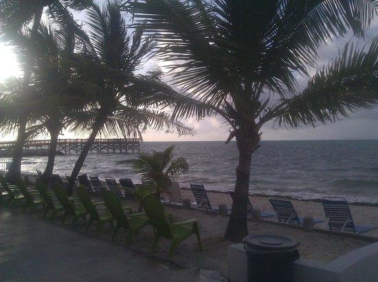 Key Colony Beach Motel: beautiful beach