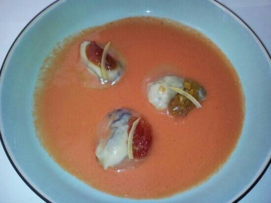 Le Bréard : Huîtres pochées, gaspacho tomates et pastèques