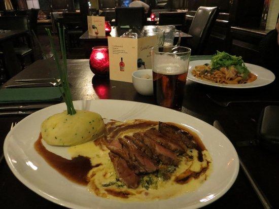 Guildhall Tavern Hotel & Restaurant: Fine meals