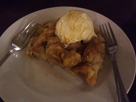 Root Cellar Cafe: Delicious Bread Pudding