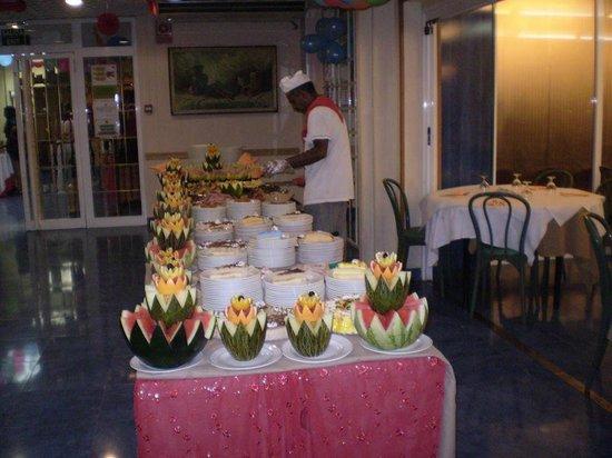 Hotel Magic Fenicia: Buffet