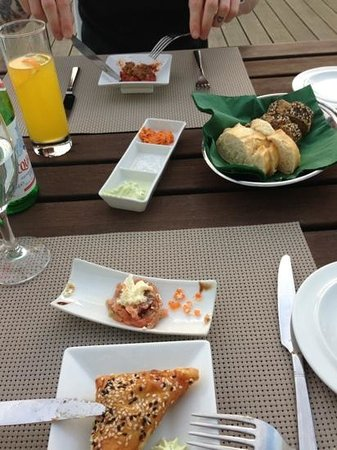Osman 30: amazing appetisers and bread