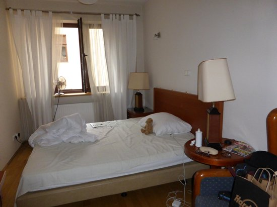 Old City Apartments: Second bedroom, great size