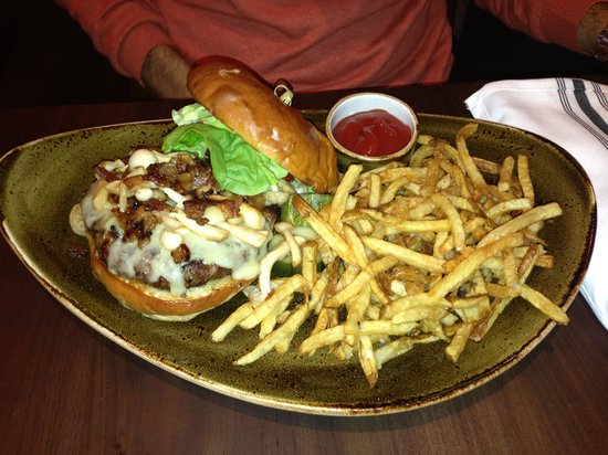The Roost : burger