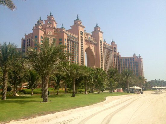 Atlantis, The Palm: View of hotel from the beach