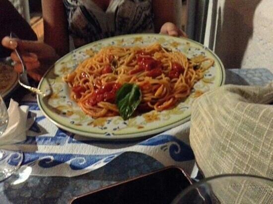 Il Ritrovo: spaghetti al pomodorino fresco..