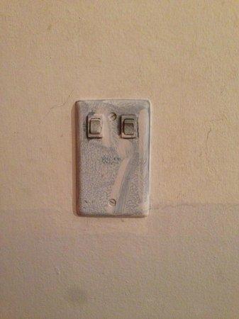 Pousada Da Mata : Interruptor do quarto, ventilador de teto inclusive
