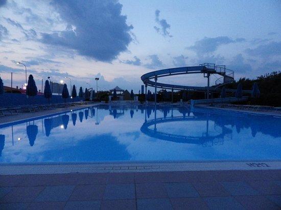 Boboba Il Villaggio : The Pool