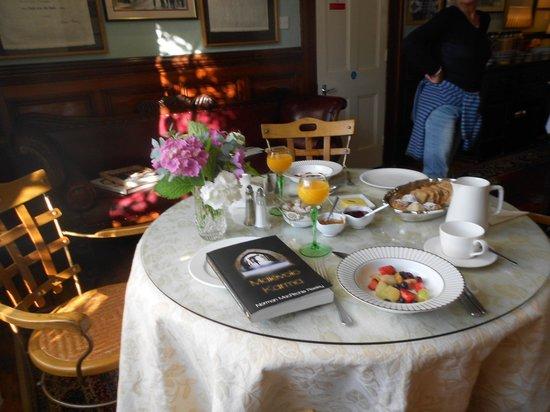 Laurel Villa: Spectacular Breakfast!