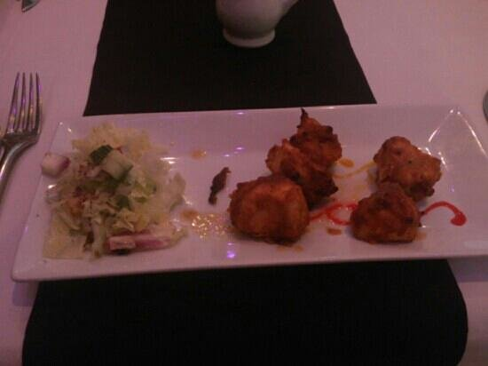 Bollywood Lounge: chicken tikka starter :-)