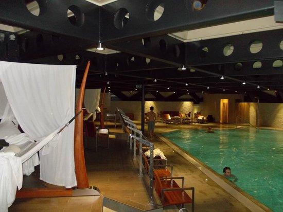 Grand Hotel Kempinski Geneva: piscine
