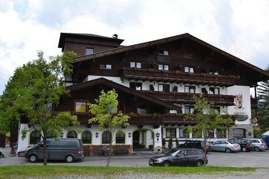 Kaiserhotel Kitzbuhler Alpen: Hotel Kitzbühler Alpen