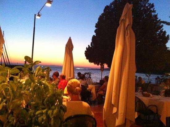 Tavernetta al Molo: al tramonto