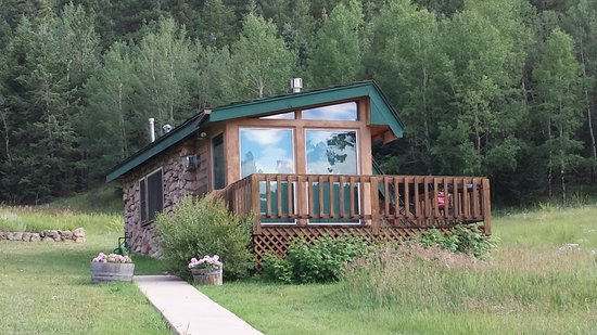 Meadow Creek Mountain Lodge and Event Center: Room In The Meadow
