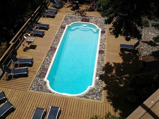 Roatan Oasis: The pool