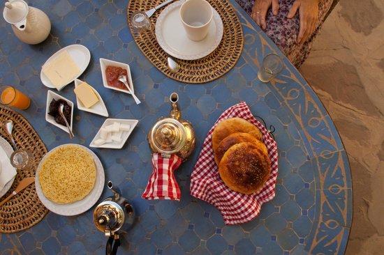 Au Bord de l'Eau: Fantastic breakfast