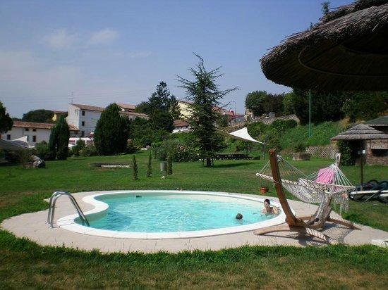 Resort La Mola: piscina