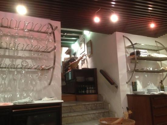 La Bombi: restaurante