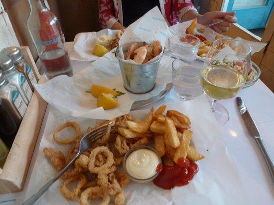 Rockfish Dartmouth : Delicious local calamari & prawns