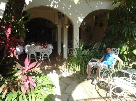 Hostal Puerto Casilda: Area de recreacion y descamso