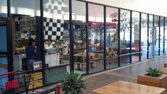 Dots Restaurant
