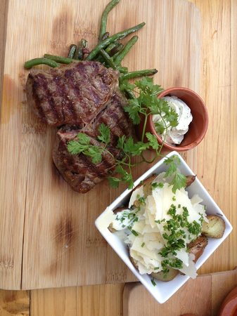 Steak and potatoes Graave style