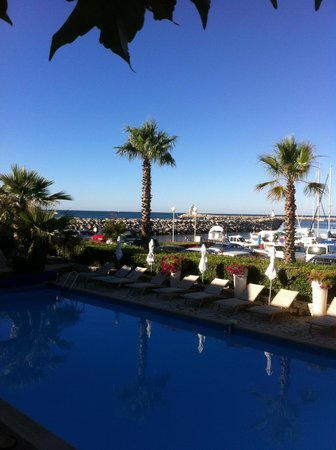 Hotel Azur : Au lever du jour, depuis notre terrasse