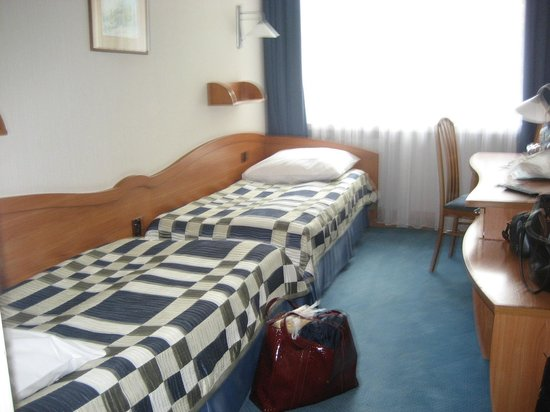 Hotel Wyspianski: End to end beds